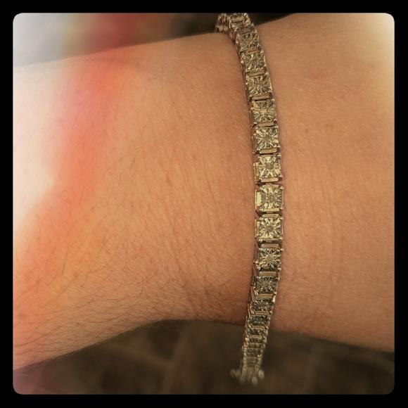 Jewelry - 1/2 Karat diamonad bracelet